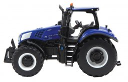 Britains New Holland T8